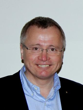 Dr. Christoph Dadak